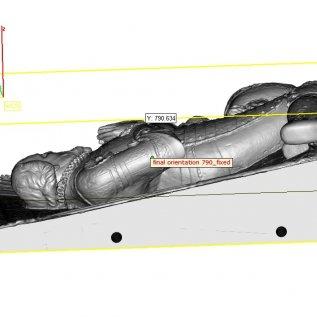 Digitální model náhrobku zobrazený v počítači