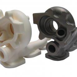 Forma z 3D tiskárny a finální kovový odlitek