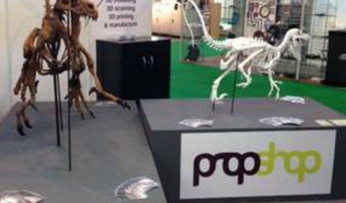Vystavení dinosauři z 3D tiskárny Voxeljet.