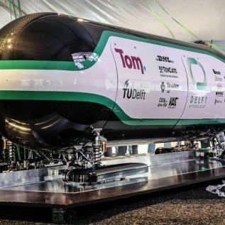 Hyperloop z 3D tiskárny Voxeljet.