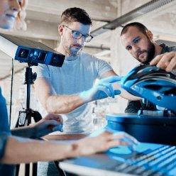 Scan 1 najde uplatnění při designu a vývoji komplexní produktů jako je třeba cyklistická helma.